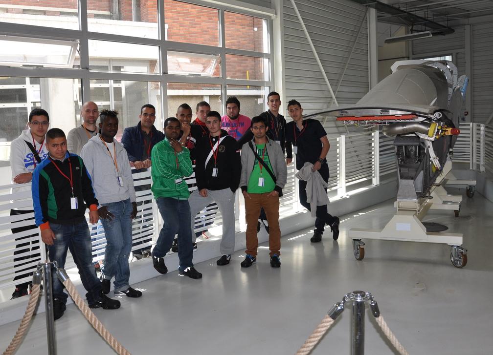 la promo 2014 en visite à l'usine Airbus de St Eloi (fabrication des mats-réacteurs (liaison aile-réacteur)